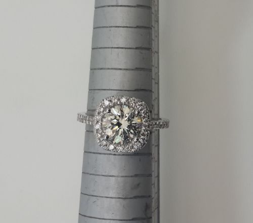 2-80-CT-ROUND-CUT-D-VS1-DIAMOND-SOLITAIRE-ENGAGEMENT-RING-14K-WHITE-GOLD http://rover.ebay.com/rover/1/711-53200-19255-0/1?icep_ff3=2&pub=5575119595&toolid=10001&campid=5337664594&customid=&icep_item=151725047299&ipn=psmain&icep_vectorid=229466&kwid=902099&mtid=824&kw=lg