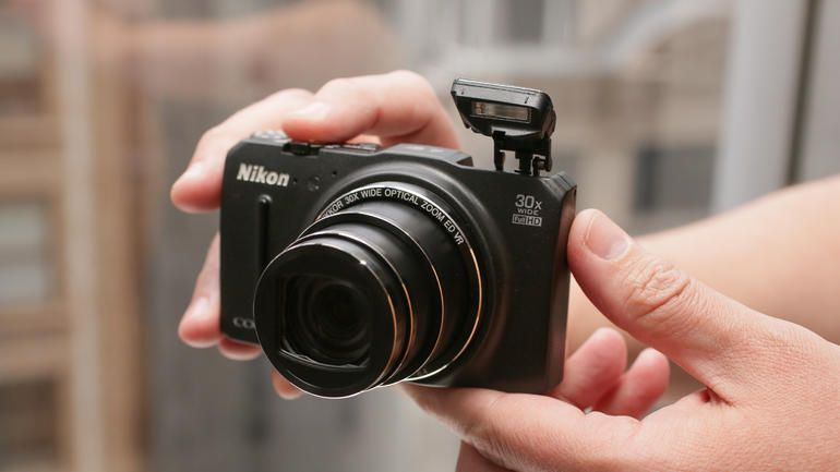 For nikons coolpix s9700 more zoom fewer pixels result