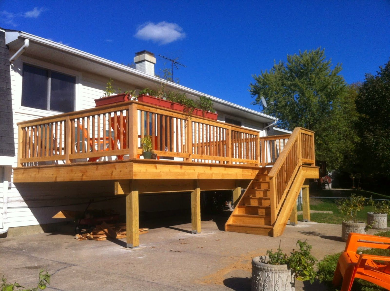Sparkles and Crafts: Raised Ranch Deck | Sparkles and ... on Back Deck Ideas For Ranch Style Homes  id=62150
