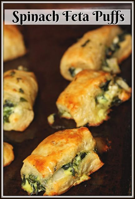 Meatless Monday : Spinach Feta Puffs #frozenpuffpastry