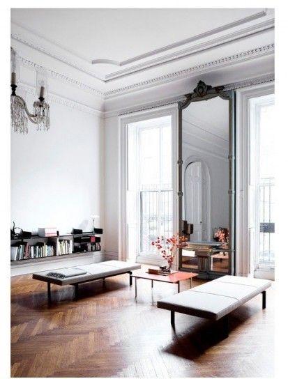 Pareti chiare da abbinare ad un parquet scuro beautiful for Arredamento stile parigino