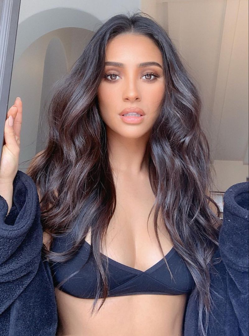 Loose waves hair style #softcurls