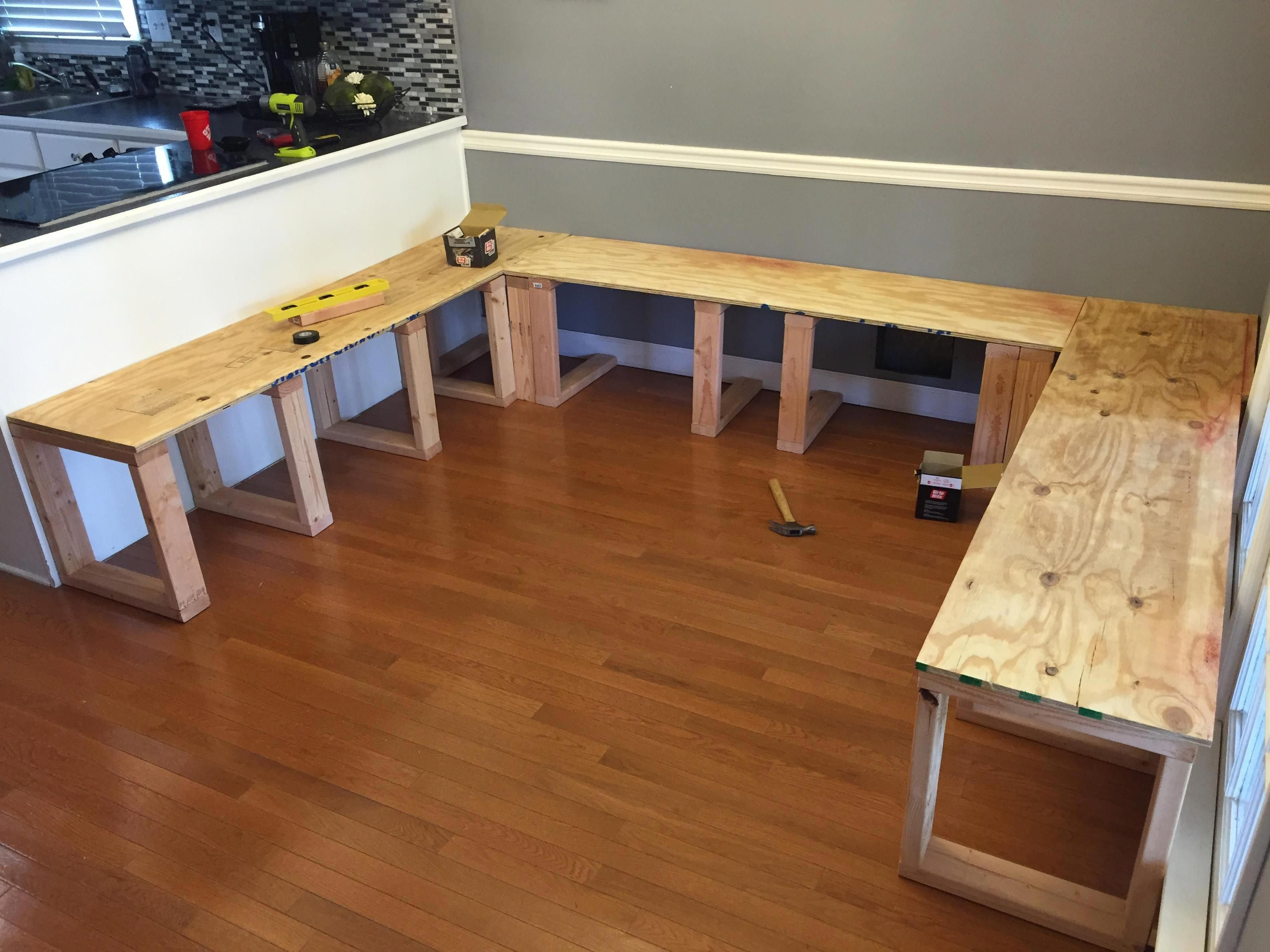 He Used 1 2 Plywood For The Seats This Diy Dining Booth Is Easy And Looks Great Diykitchenmakeover Dining Booth Dining Room Bench Dining Room Small