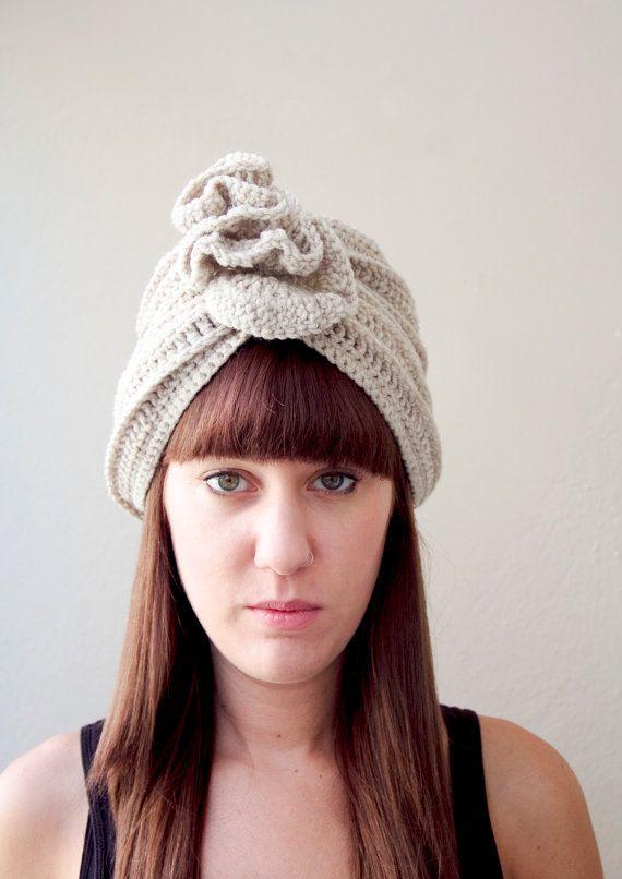 Mano cava di turbante beanie cappello a maglia per lei