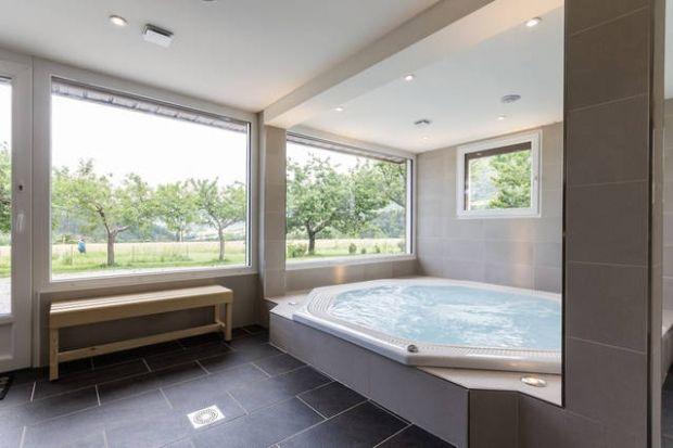 aménagement pièce jacuzzi salon - Recherche Google New house - faire un sauna maison