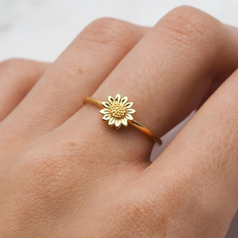 Photo of Gold Delicate Sunflower Ring – Blog