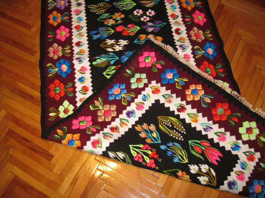 Vintage Romanian Hand Woven Wool Kilim Rug By Realromania 499 00