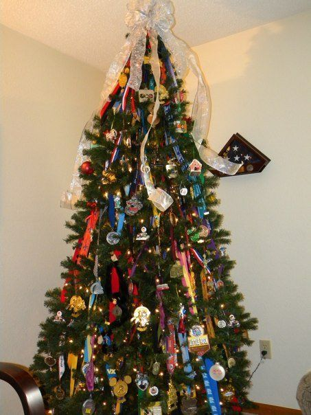 Christmas Running Medals.Running Medals Christmas Tree Cool Idea For The Basement
