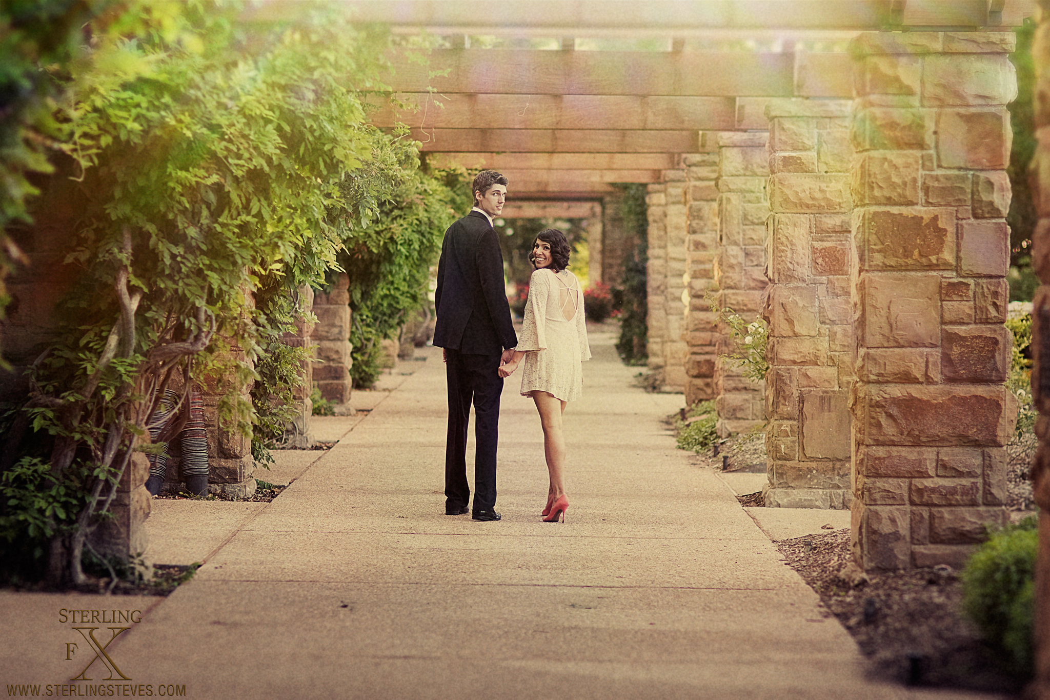 Delaney & John Fort Worth Botanical Gardens | SterlingFX Engagement ...