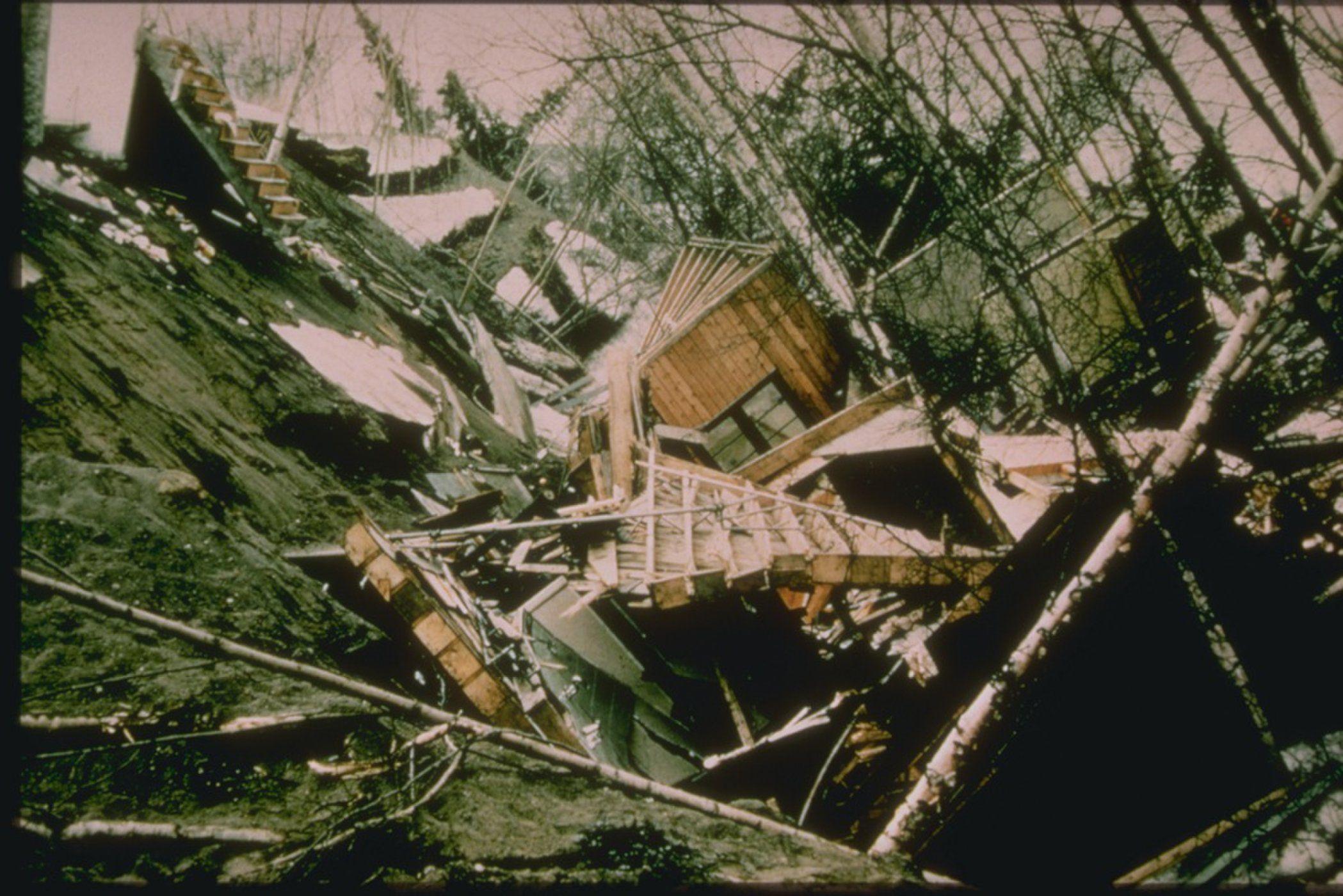 Gallery The 1964 Great Alaska Earthquake Earthquake Alaska Natural Disasters