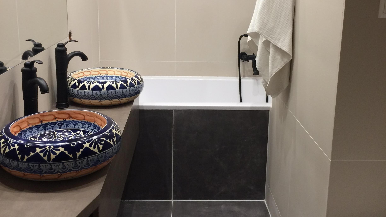 Badezimmer Ideen Mexikanische Waschbecken Bunte Keramik Waschbecken Aus Mexiko Mexikanischewaschbecken Waschbecke Waschbecken Badezimmer Badezimmerideen