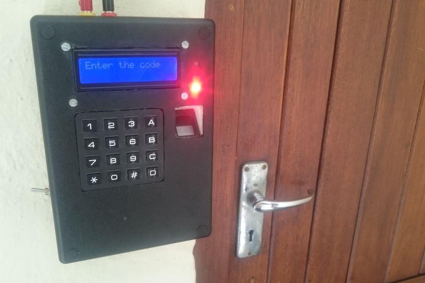 Arduino Fingerprint Door Lock With Keypad And Lcd Fingerprint Door Lock Arduino Lcd Arduino