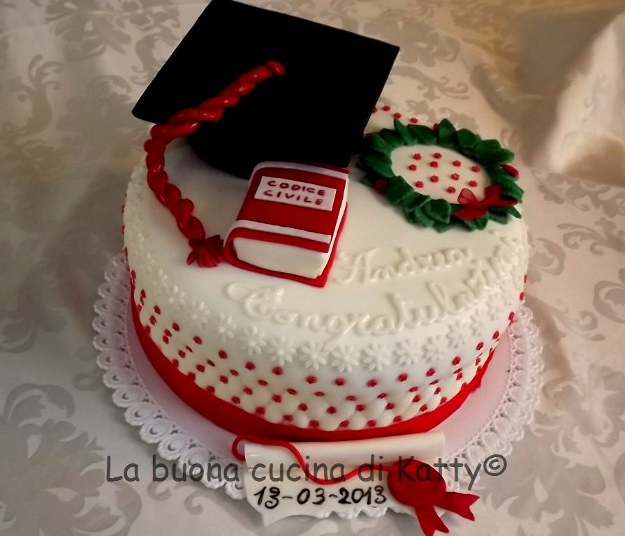 La buona cucina di katty torta di laurea per l 39 avv - La cucina di sara torte ...
