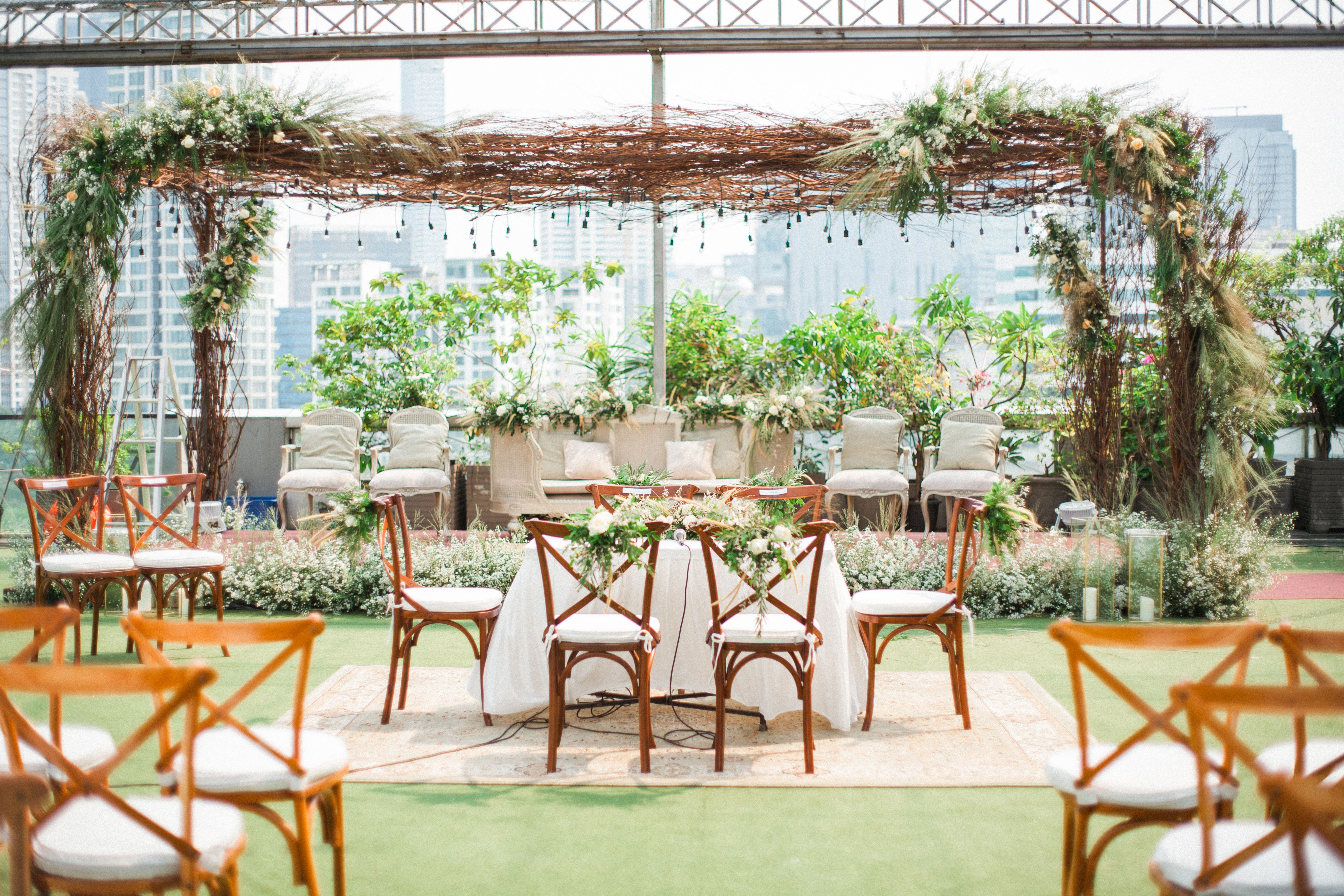 Tying the knot at this Semioutdoor venue in Jakarta di