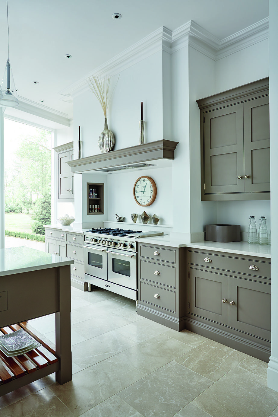 Grey and White Kitchen | Toms, Kitchens and Grey