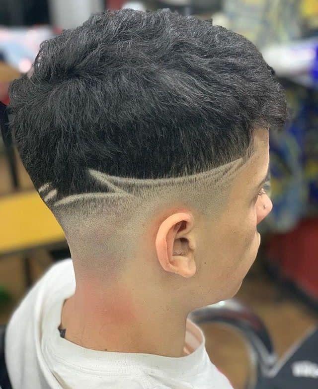 Haircut Desenho De Cabelo Masculino Penteados De Cabelo Masculino Risco No Cabelo Masculino