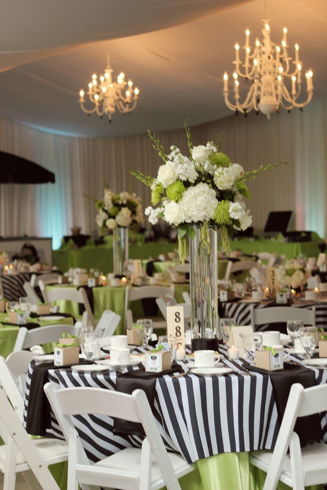 love green and black!!! | wedding | white wedding decorations