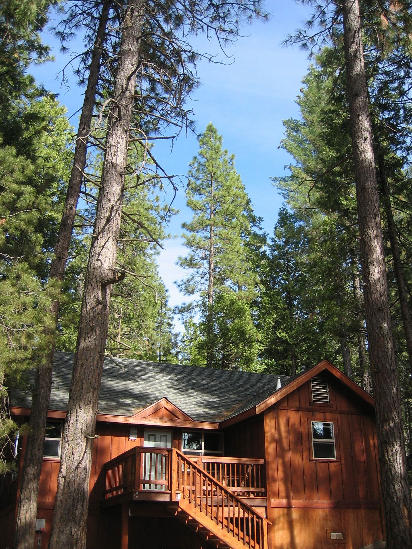 lodging in visitorsguide rentalhomes yosemite view rent madera online homes cabins cover vymc vacation county for