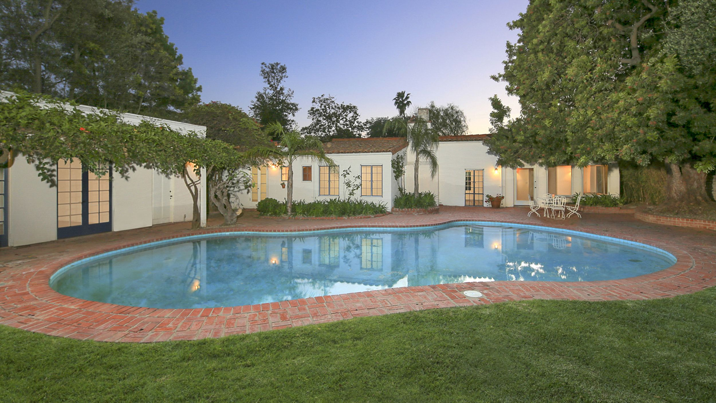 Sold Marilyn Monroe S Last Home Has A New Owner See Inside