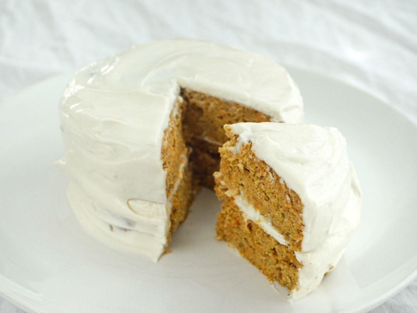 Eine Zuckerfreie Rueblitorte Zum 1 Geburtstag Mami From The Blog Kuchen Kindergeburtstag Gesund Kuchen Baby Geburtstag Rueblitorte