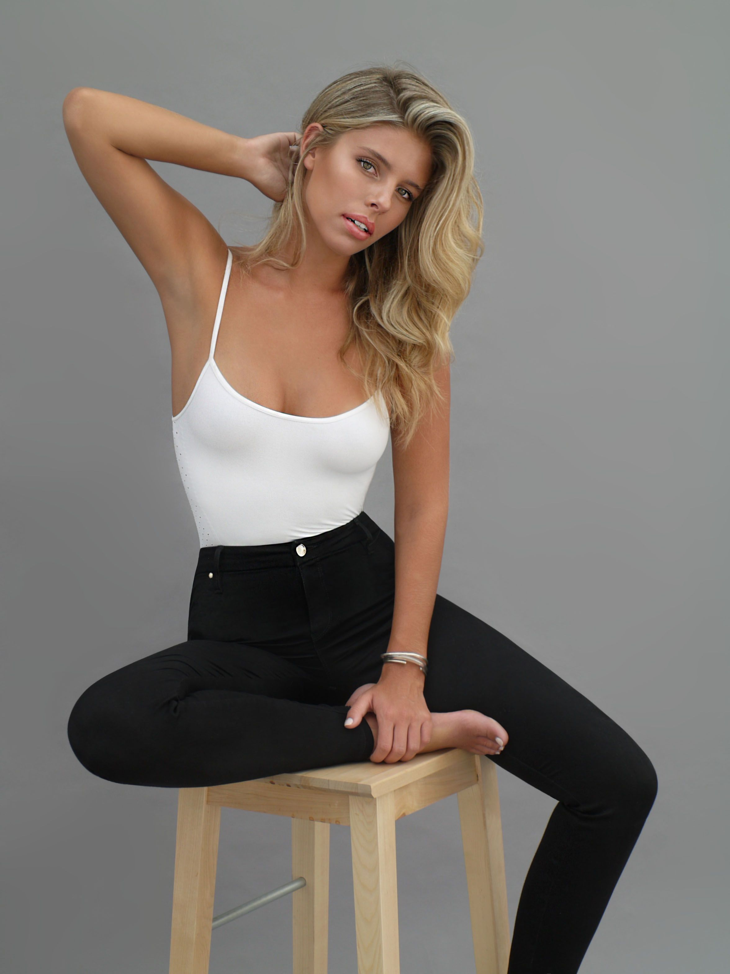 Pics Natasha Oakley nudes (49 foto and video), Sexy, Fappening, Twitter, braless 2015