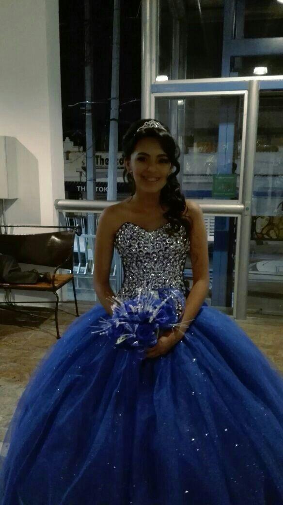 Vestido Xv Años Azul Rey Para Morenitas En 2019 Vestido De