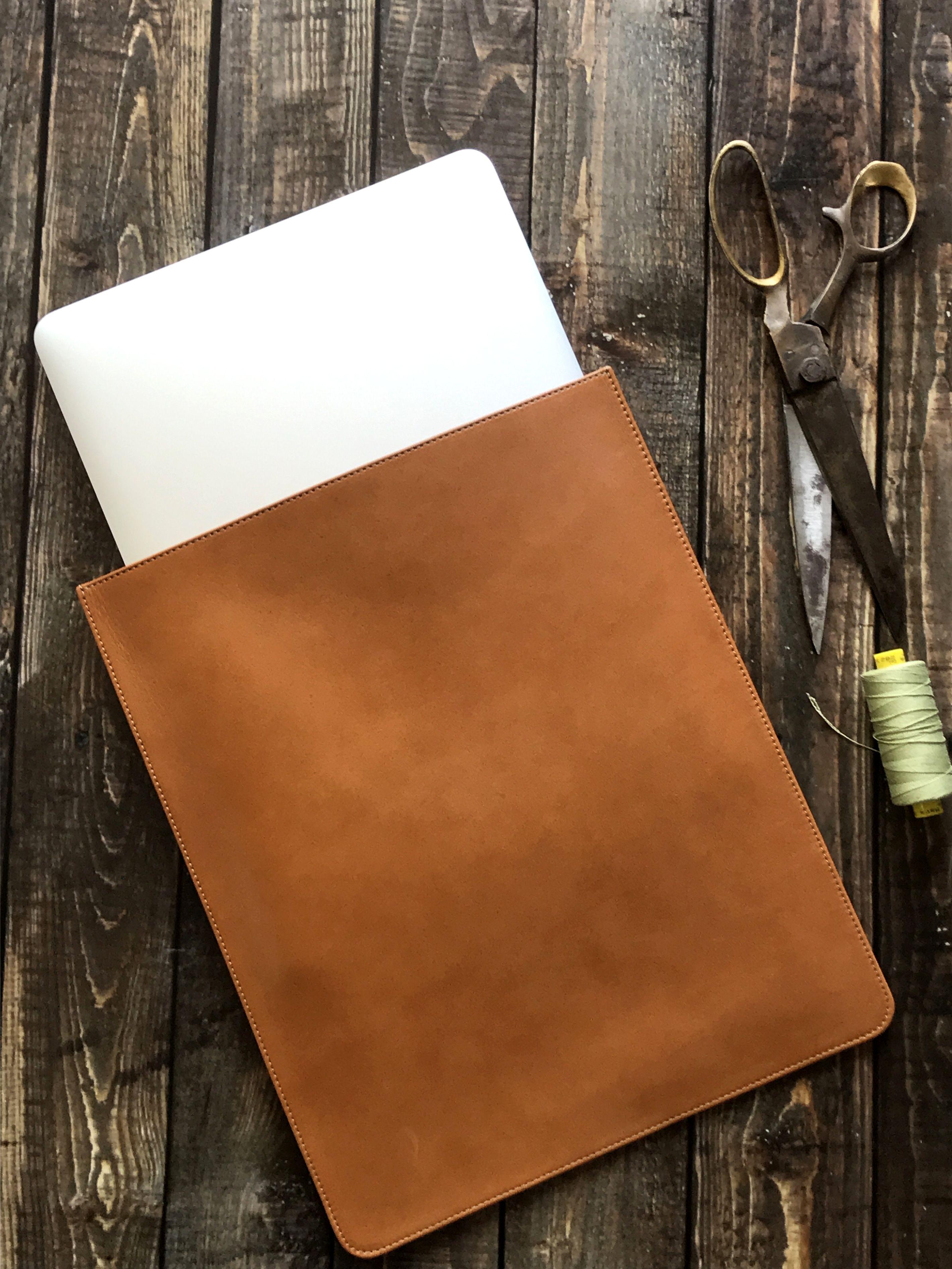 MacBook Sleeve Leather Snug Fit, Slim MacBook Air Case