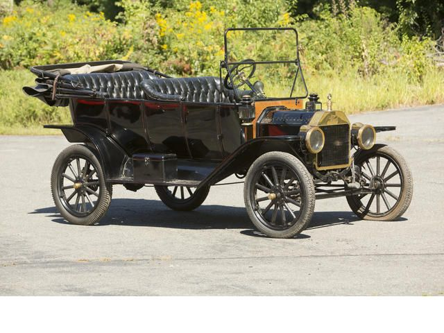 1913 overland touring car auto collection 1913 ford for Ford motor vehicle models