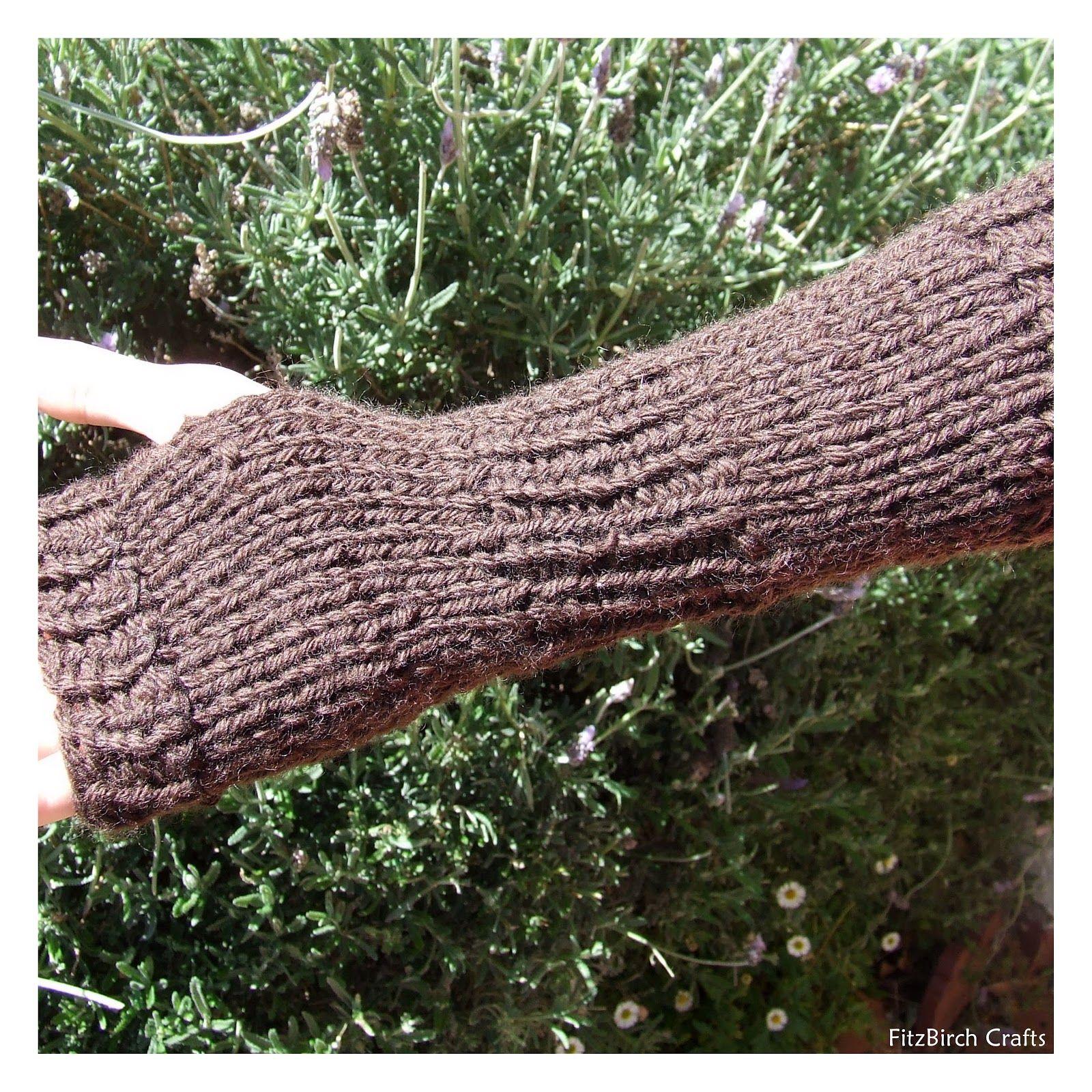 FitzBirch Crafts: Legend of Zelda Loom Knit Link Gauntlets ...