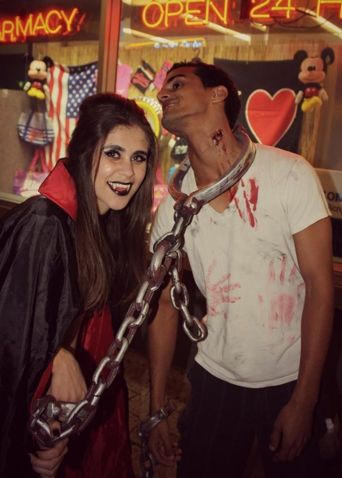 Vampire Couple Halloween Costumes.Pin On All Things Creepy