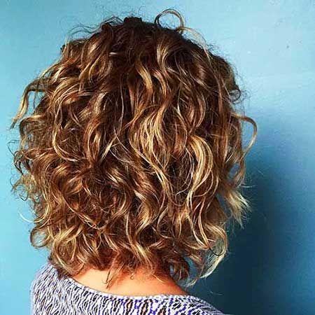 Beliebte Layered Haircut-Lösungen für Lockiges Haar ...