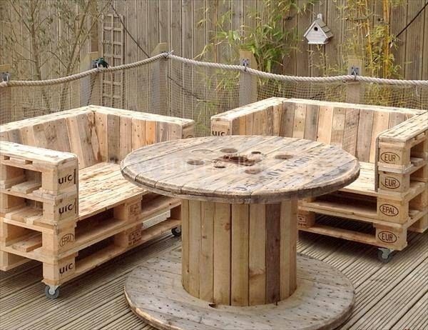 Pallet Armchair on Casters | Recycled Tyres | Mobilier d ...