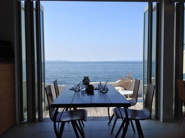 なにわのエーゲ海 とよばれる大人の海辺カフェ 大阪府とは思えない