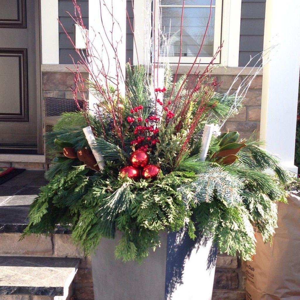 Christmas Flower Pots.Outdoor Christmas Flower Pot Arrangements Christmas Porch