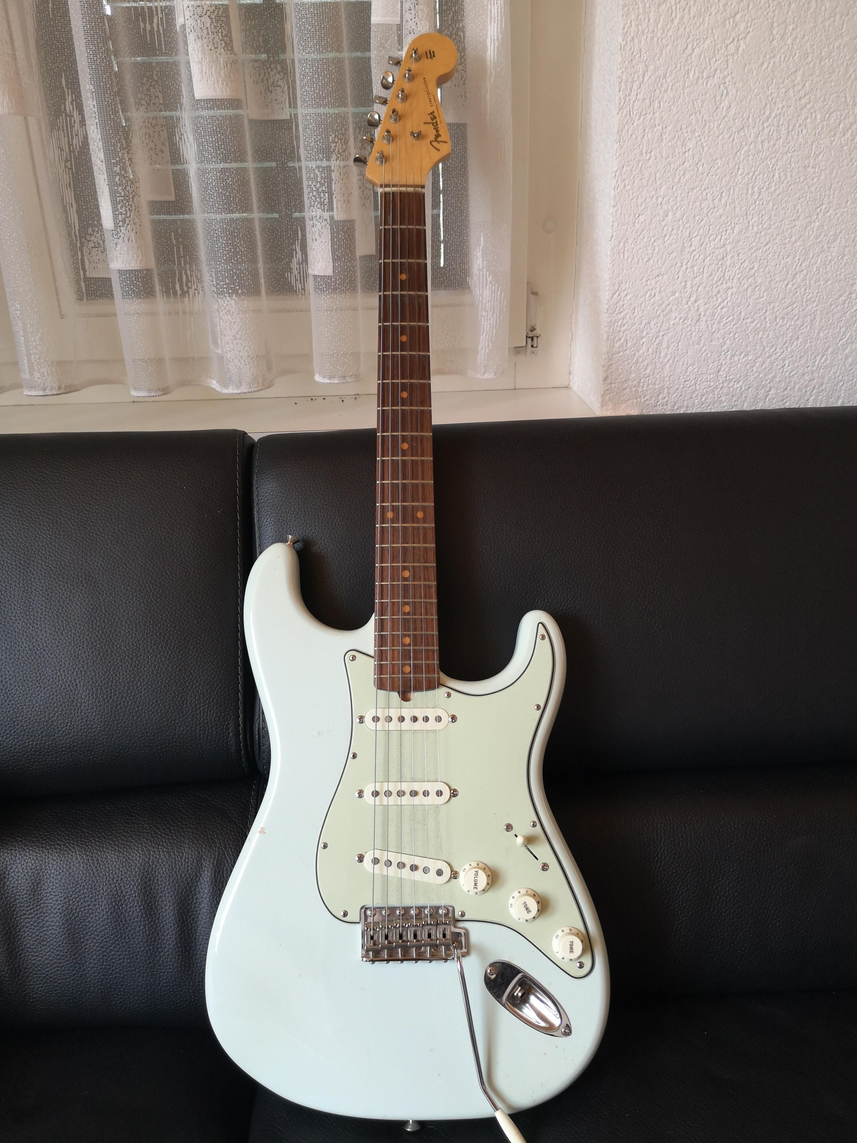 This Is My First Pic I Put On Reddit My Beautyfull Strat One Pic Pics Put On