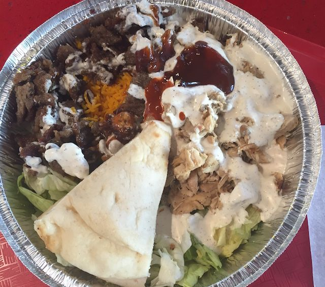 Nyc S Halal Guys Opens In Koreatown And It S Just As Good As The Original Halal Places To Eat Koreatown