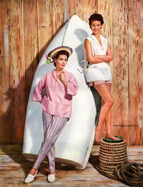 Fashions pour le modèle de simplicité Summer Book 1954. Photo par Paul Radkai.