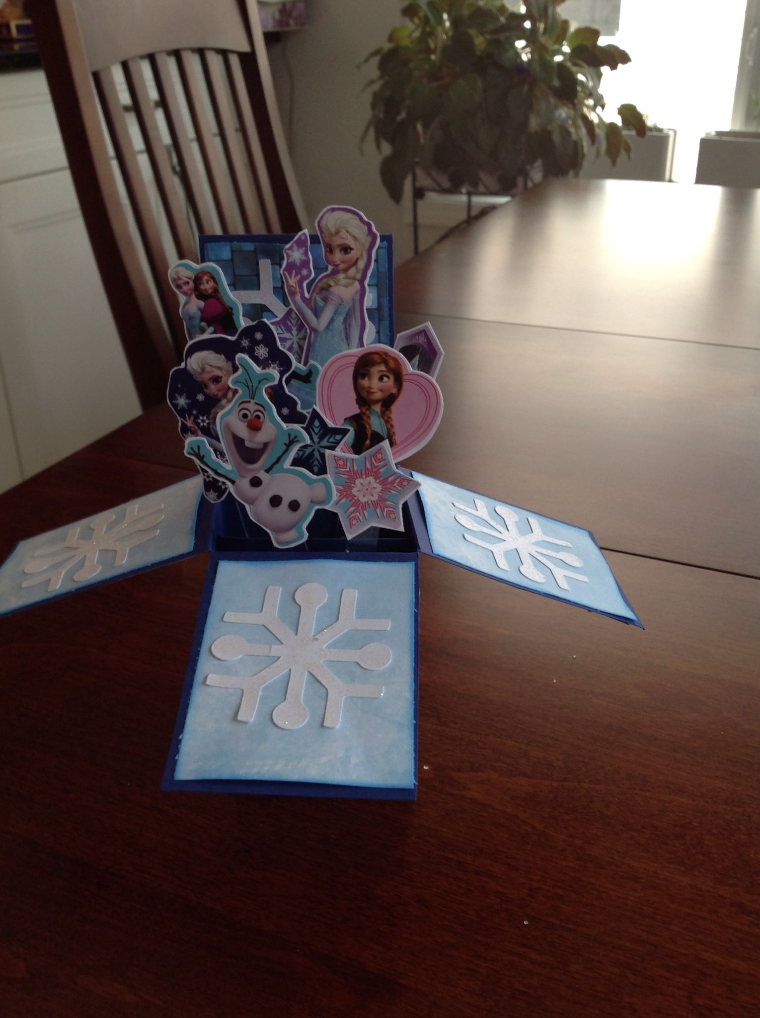 Olivia frozen box card - Cricut snowflakes and stickers 2016