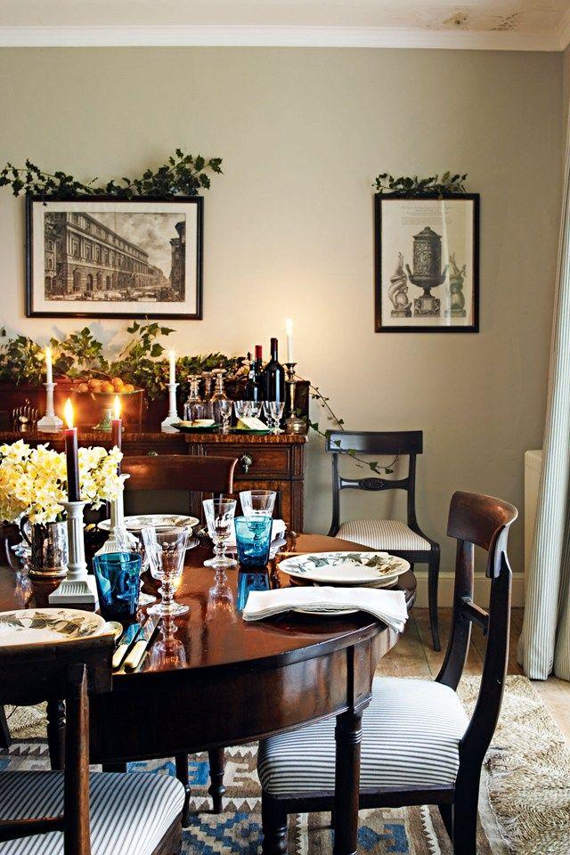 27 Ways To Decorate With Christmas Foliage Decor Christmas Dining Traditional Christmas Decorations
