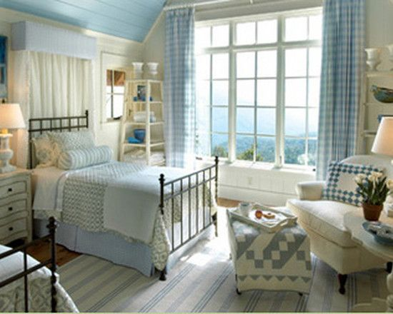 Cottage Style Decorating With Quilts Design Pictures Remodel Decor And Ideas Page 15 Cottage Style Bedrooms Cottage Bedroom Home