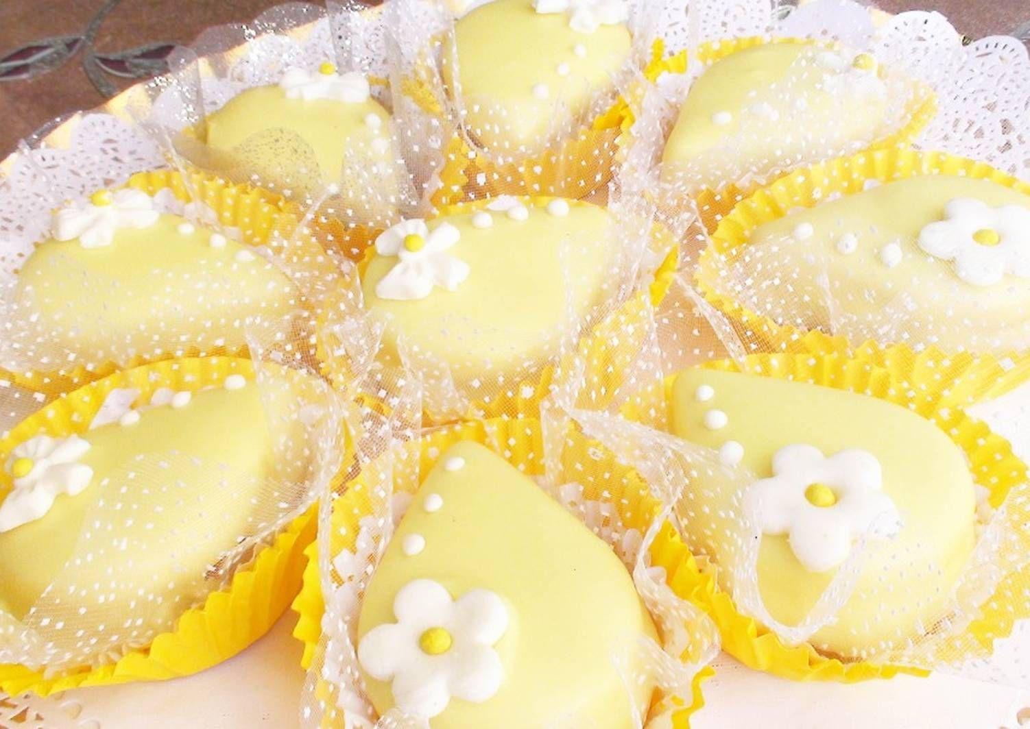 صابلي بطلية الليمون وكريمة الزبدة او بريستيج بالصور من Hanane Diva Queen Recipe Food And Drink Food Recipes