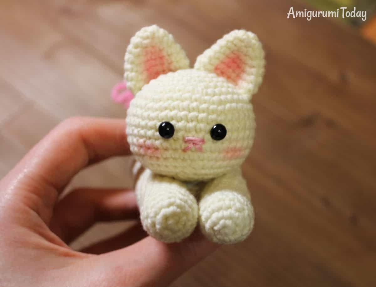 Lying Kitten Amigurumi Pattern Amigurumi De Animais De Croche Urso De Croche Bonecas De Croche