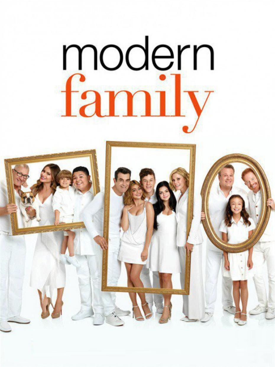Modern Family 8 9 With Images Modern Family Season 1