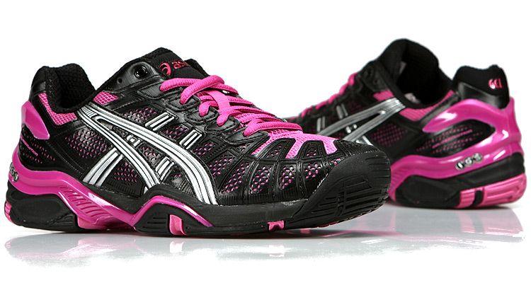asics tennis sneakers review