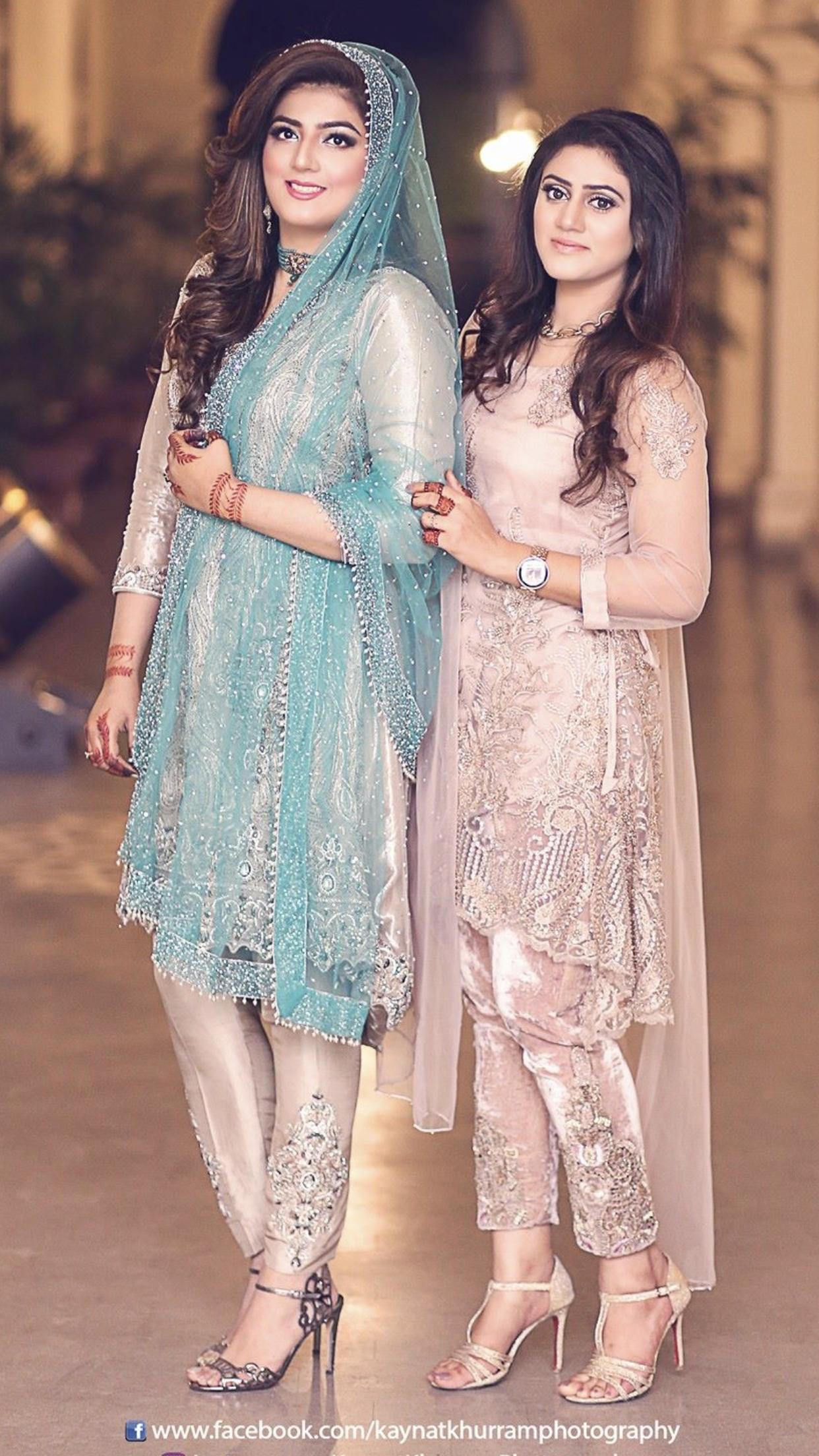 e9e7dab2c9f Baat paki bride with her friend Latest Pakistani Dresses