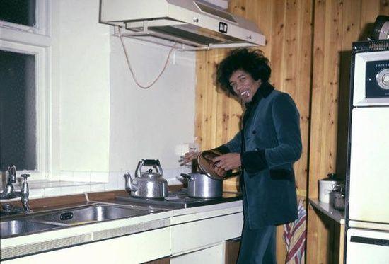 Jimi Hendrix making soup…..phew rock n roll!