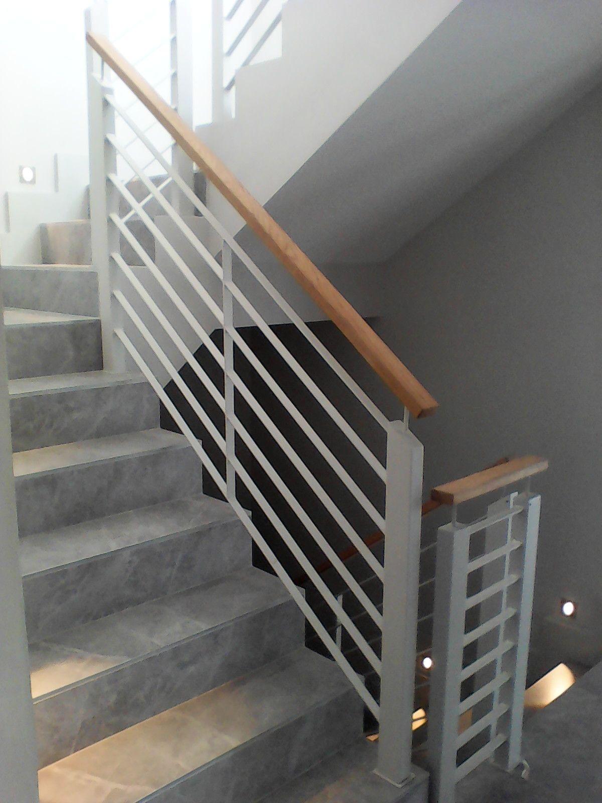 Best Internal Galvanized Mild Steel Balustrades With Oak 400 x 300