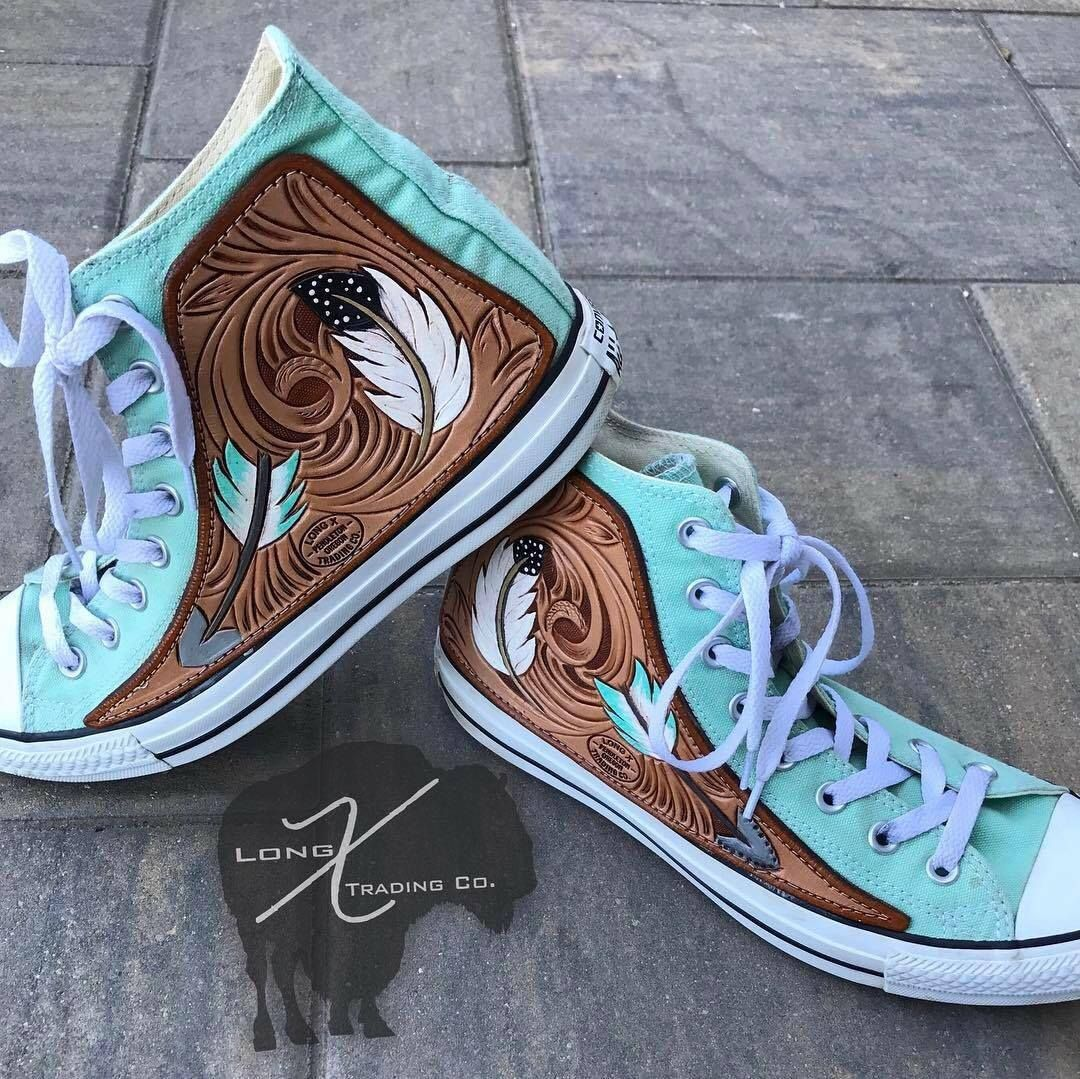 5398f0254e8dbc Mint custom leather converse with feathers and arrows. Find this Pin and  more on longXtradingco by Long X Trading Co.