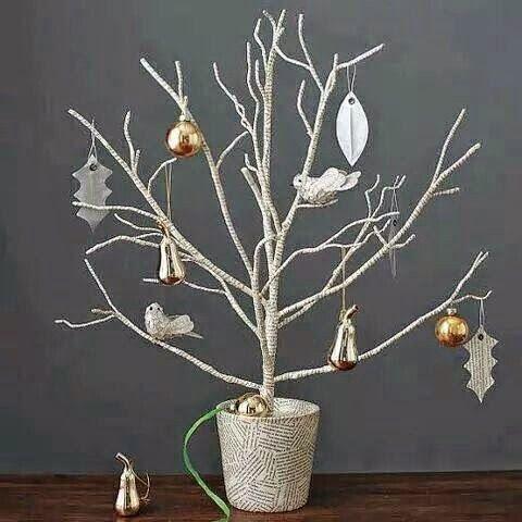 Arboles de navidad hechos con ramas secas | arreglos navidemos ...