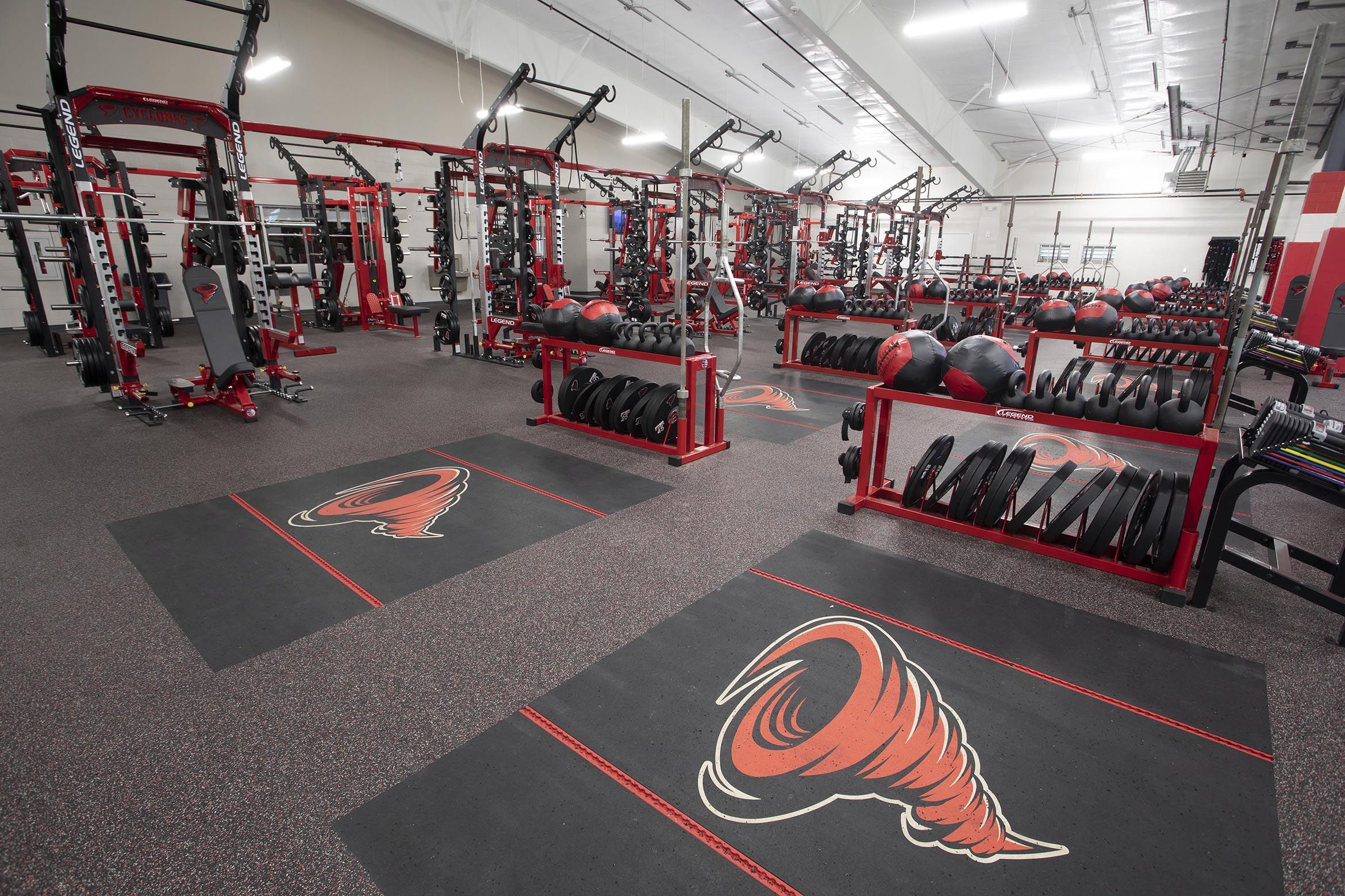 Russellville High School Ar Athletic Performance Room With Perform X Training Systems Athletic Performance High School School